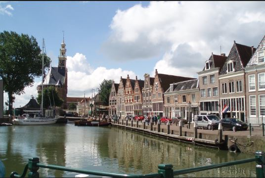 Hoorn Escorts